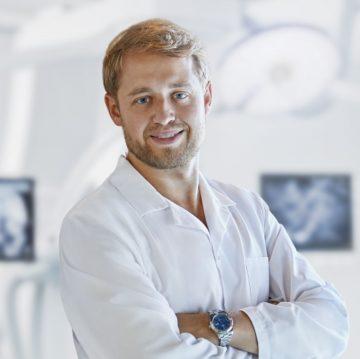 Doktor Bartłomiej Juza